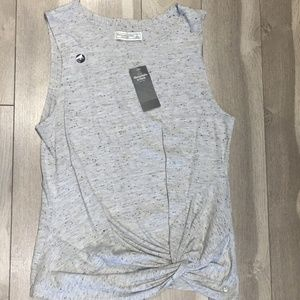 Abercrombie & Fitch Gray Sleeveless Blouse (S)